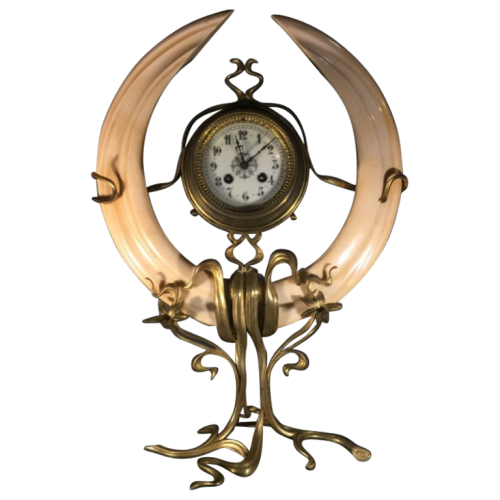 Belgian Clock, Art Nouveau school, bronze, Victor Horta style, circa 1900