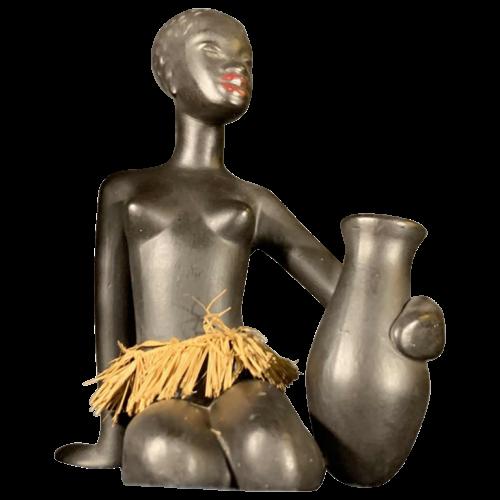 ANZENGRUBER KERAMIK, Ceramic Sculpture Naked African Watusi Woman with tamtam, circa 1950