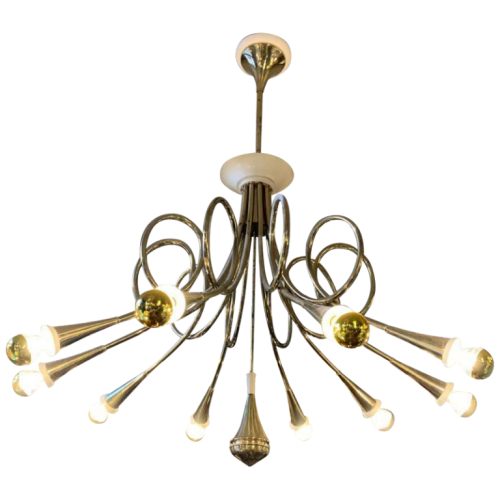 "STILNOVO ""Hunting Trumpets"" 10 arms Chandelier gilded brass & white lacquered metal, 1950s"